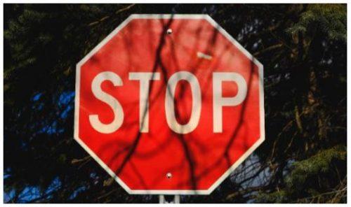 Stop - Wie man eine Frau zum Stoppen bekommt