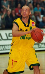 cecil-egwuatu-basketballspieler